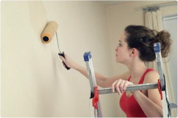 Как правильно загрунтовать стену перед поклейкой обоев.