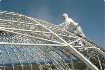 Обеспечение огнестойкости сооружения — дело инженеров и химиков.