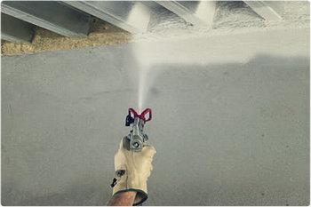 В помещениях можно смело использовать водорастворимые защитные покрытия.