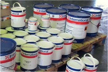 Люксовые лакокрасочные материалы International для катеров, яхт и кораблей.