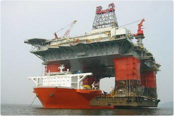 Эмаль ХС-436 используется для покраски судов и платформ, стойкая к морской воде.