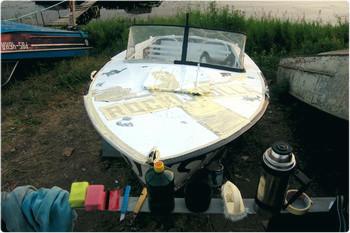 Выбираем расцветку и рисуем эскиз. Самостоятельное нанесение рисунка на корпус лодки.