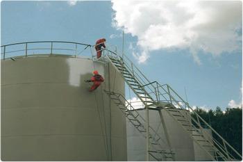 Химически стойкая защита резервуаров.